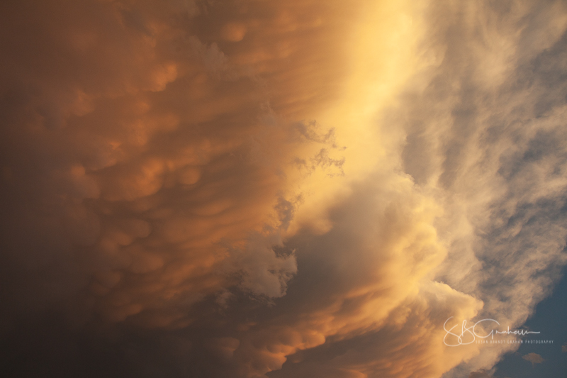 mammatus monsoon clouds